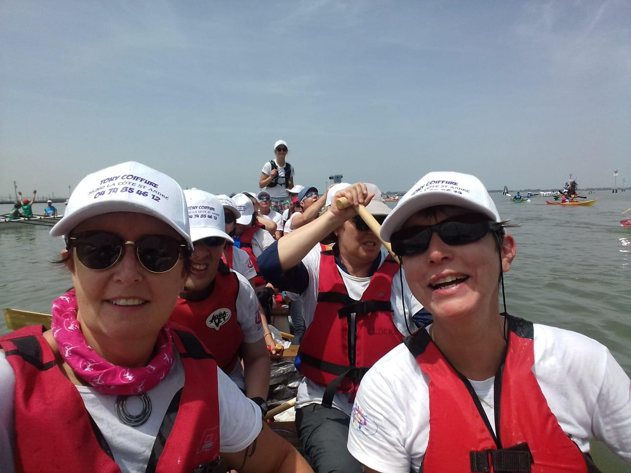 A bord du Dragon Boat pendant la Vogalonga