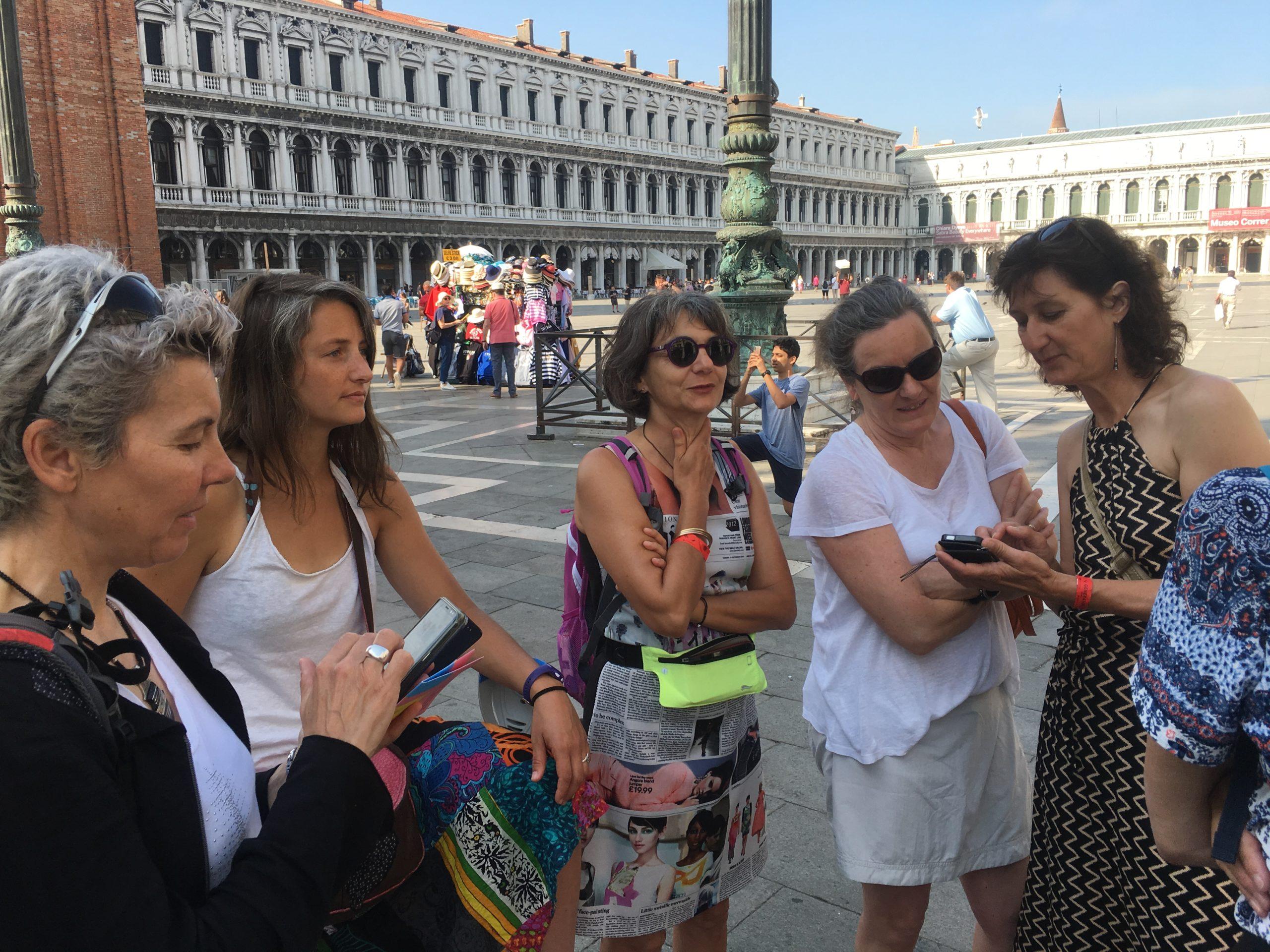 Sur la place Saint Marc à Venise